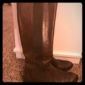 Born leather riding boots size 7